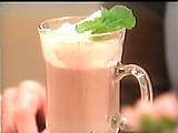 Peppermint_hot_chocolate_med