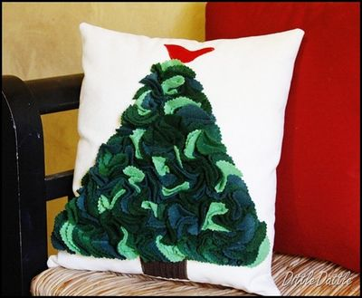 DIY Christmas Pillow_thumb