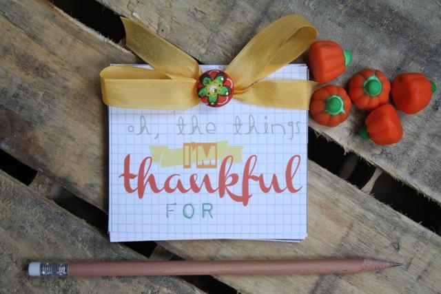 Free November Printable: Gratitude Book