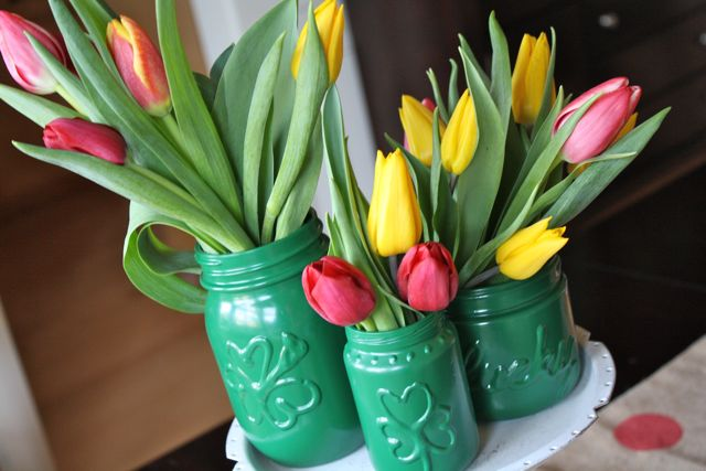 St. Pat's Magic Vases - YoT #stpatricksday #tulip #krylon