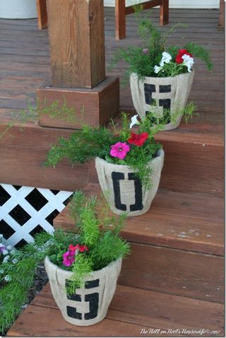 Porch and burlap pots 042_thumb[1]