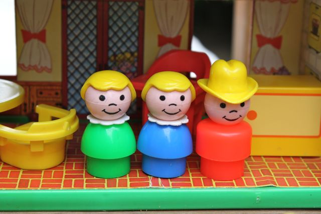 Fisher-price-vintage-little-people