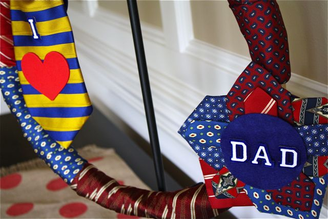 Necktie Wreath YoT