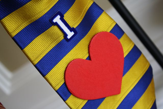 Necktie Wreath Heart 2