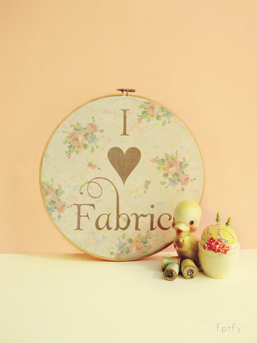 Fabric Hoop - Free Pretty Things for You