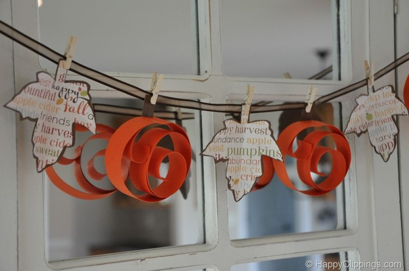 Swirly Pumpkin Garland