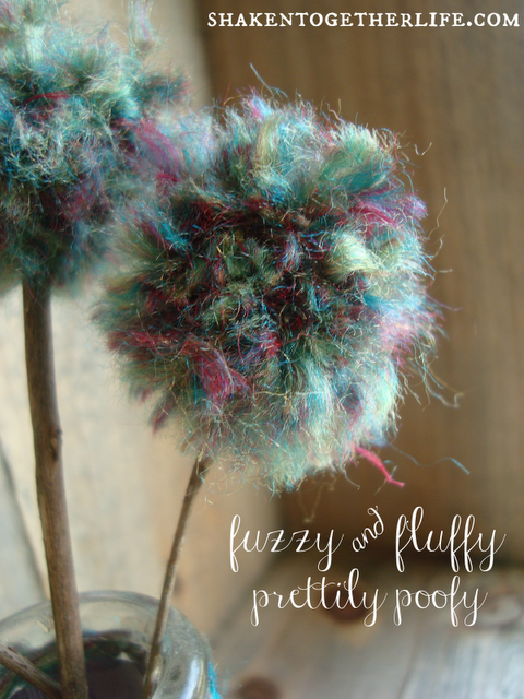 How to make pom pom flowers close up BLOG