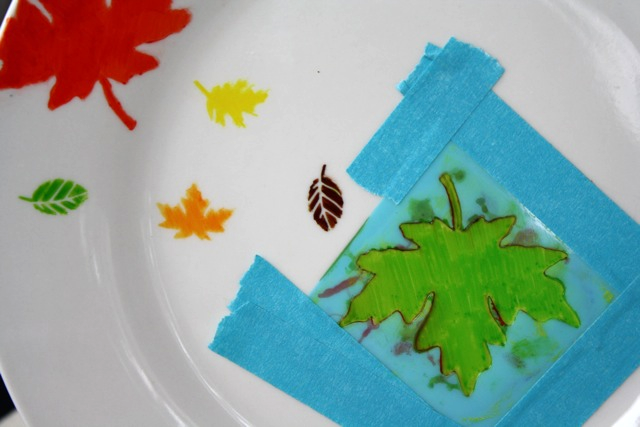Leaf Plate by Yesterday on Tuesday #fall #leaf #sharpie