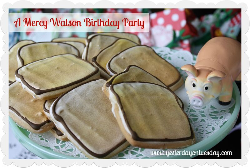 Mercy Watson Birthday Party - Yesterday on Tuesday #mercywatson #pigs #pigparty