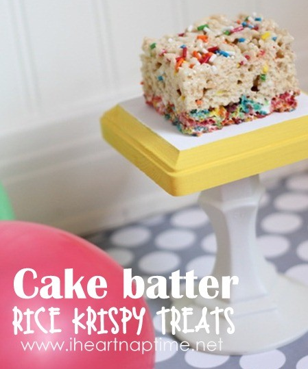 Cake Batter Rice Krispy Treats  - I Heart Naptime #cakebatter