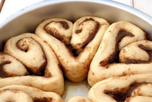 Heart Cinnamon Rolls - Cake & Allie