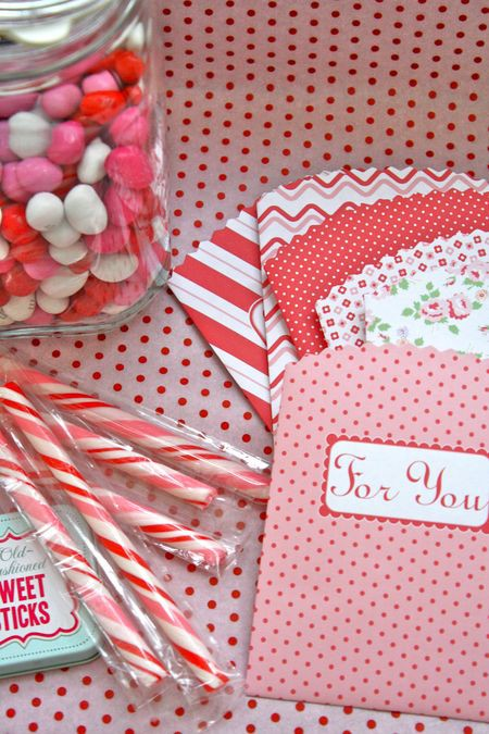Printable Valentine Bags - The Farm Chicks