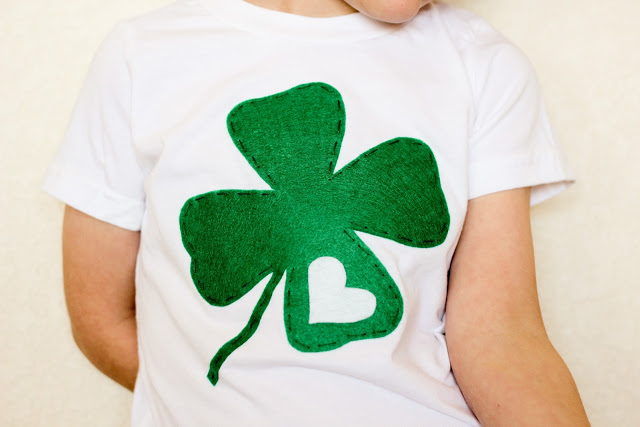 DIY Appliqued St. Patrick's Day Tee - Finely and Oliver #stpatricksday #stpatricksdaycrafts #greencrafts