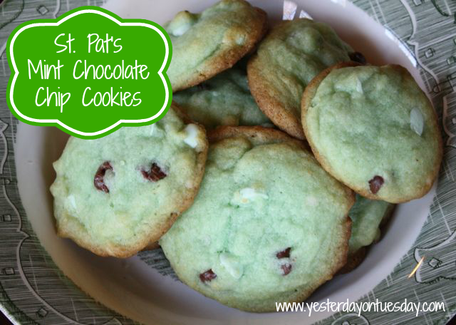 Mint Chocolate Chip Cookies - #mintchocolatechipcookies #stpatricksdayfood #stpatricksdaydesserts #yesterdayontuesday