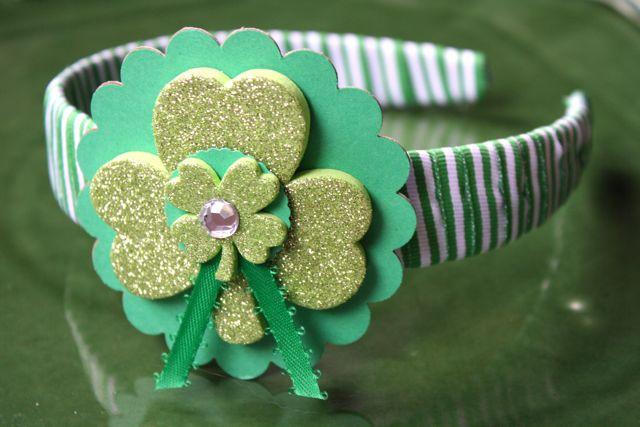 St. Pat's Lovely Lassie Headbands - #stpatricksday #stpatricksdaycrafts #stpatricksdaycraftsforkids #yesterdayontuesday