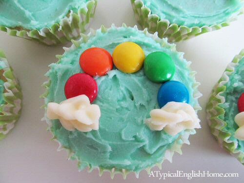 Rainbow Cupcakes - #atypicalenglishhome