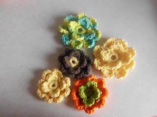 Crochet Flowers - Measured By The Heart