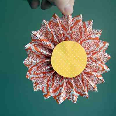 Paper Daisy - Craft Snob