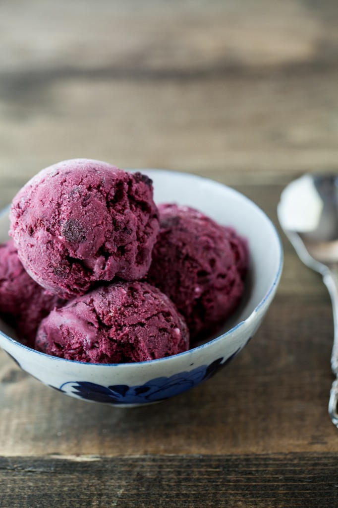 Black Raspberry and Vanilla Bean Ice Ceam - Naturally Ella