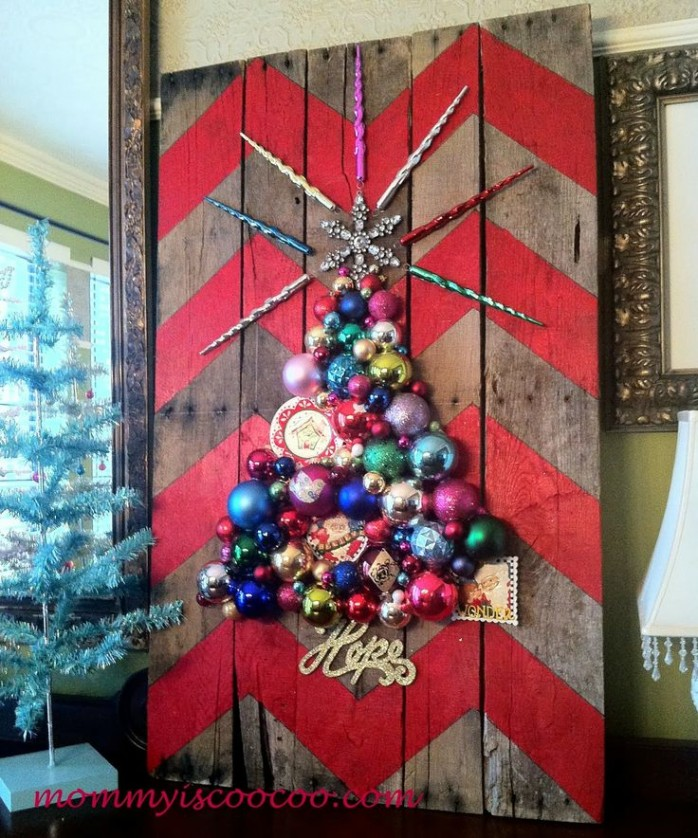 Chevron Pallet Ornament Christmas Tree Mommy is Coocoo