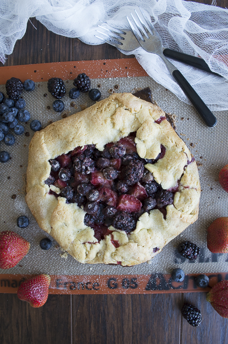 Out-of-the-Pan-Triple-Berry-Pie-5