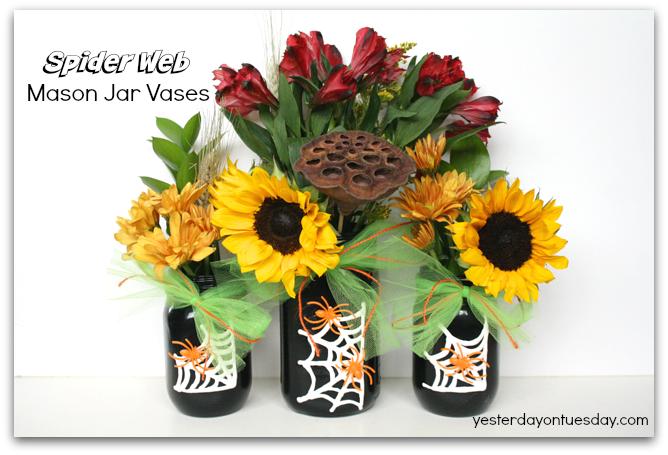 Halloween Mason Jar Vases