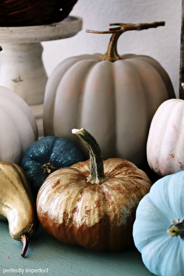 chalk_paint_pumpkins_5