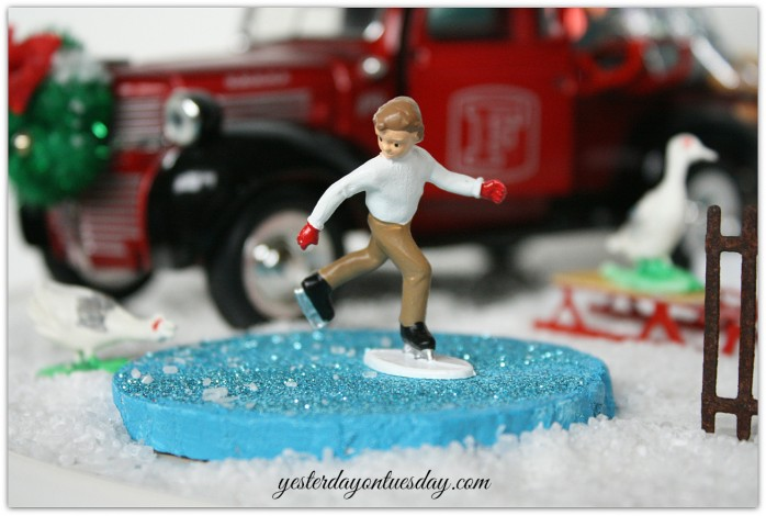 Christmas Trees on Cars Blog Hop including decor ideas, crafts and printables via Yesterday on Tuesday