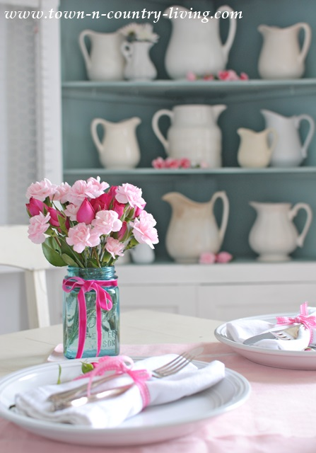 Decorating for Valentine's Day from Town-n-Country-Living