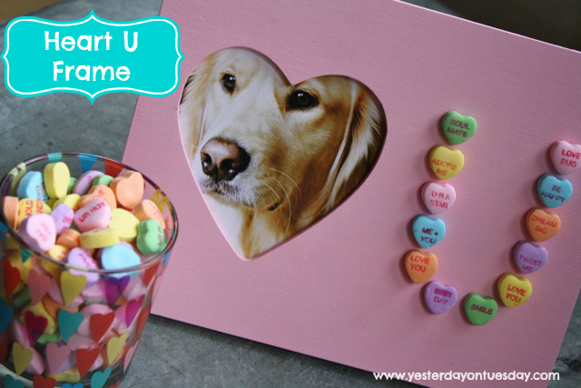 Heart U Valentine Frame, an easy kid's craft gift idea from http://yesterdayontuesday.com