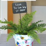Fingerprint Flower Pot, a sweet and thoughtful Mother's Day Gift that kids can make.