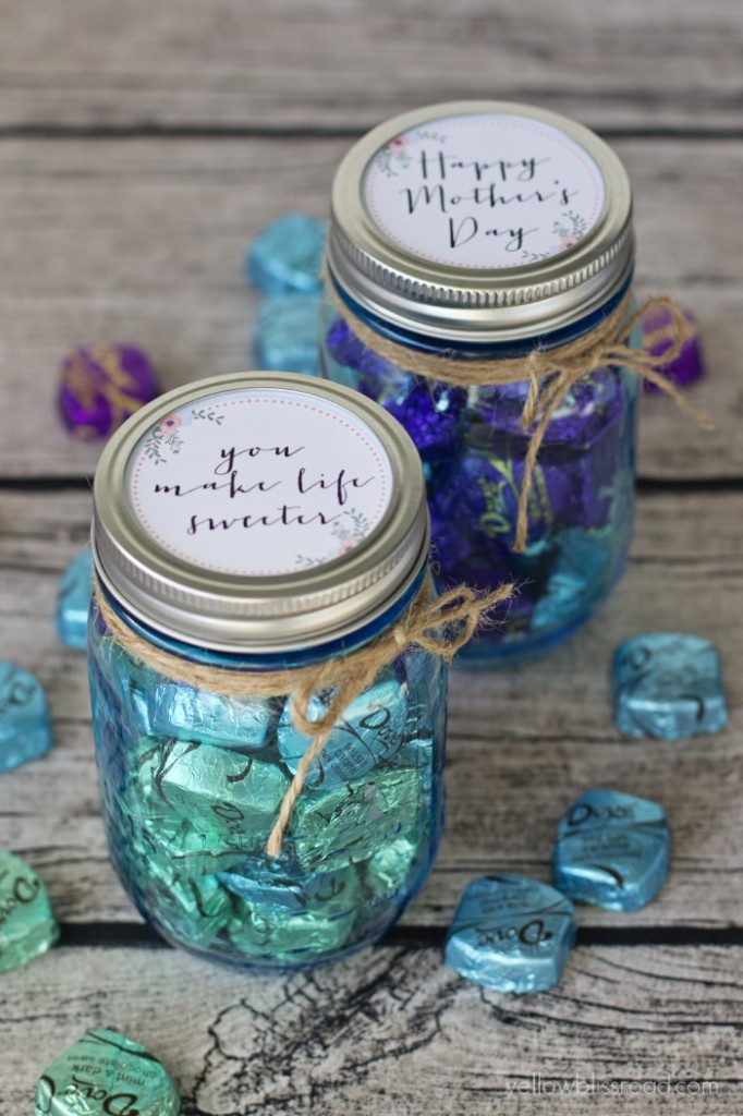 Thirty Mason Jar Ideas For Mother S Day Yesterday On Tuesday