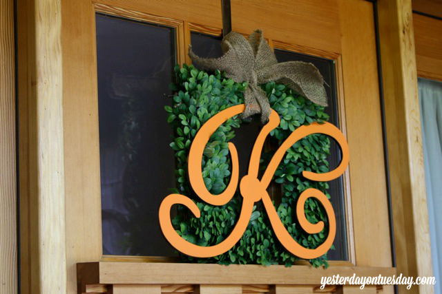 How to upgrade a faux wreath