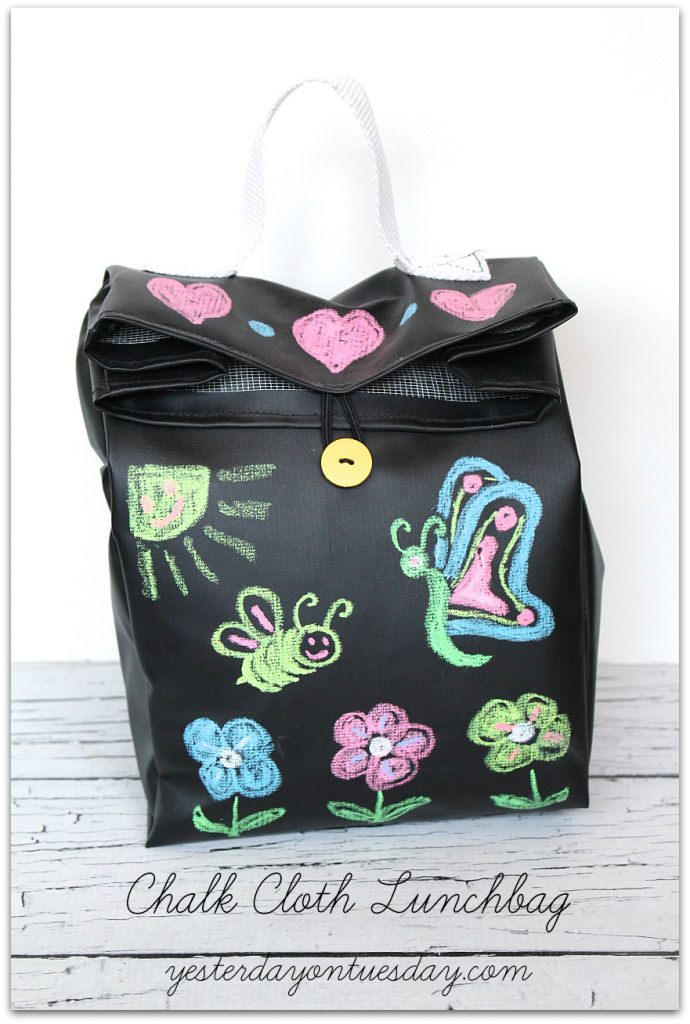 DIY Chalk Cloth Lunchbag, great for kids to bring their lunch to school in!