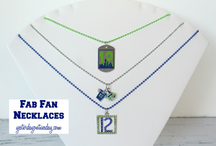 It's easy to customize a fan necklace to support your favorite football team