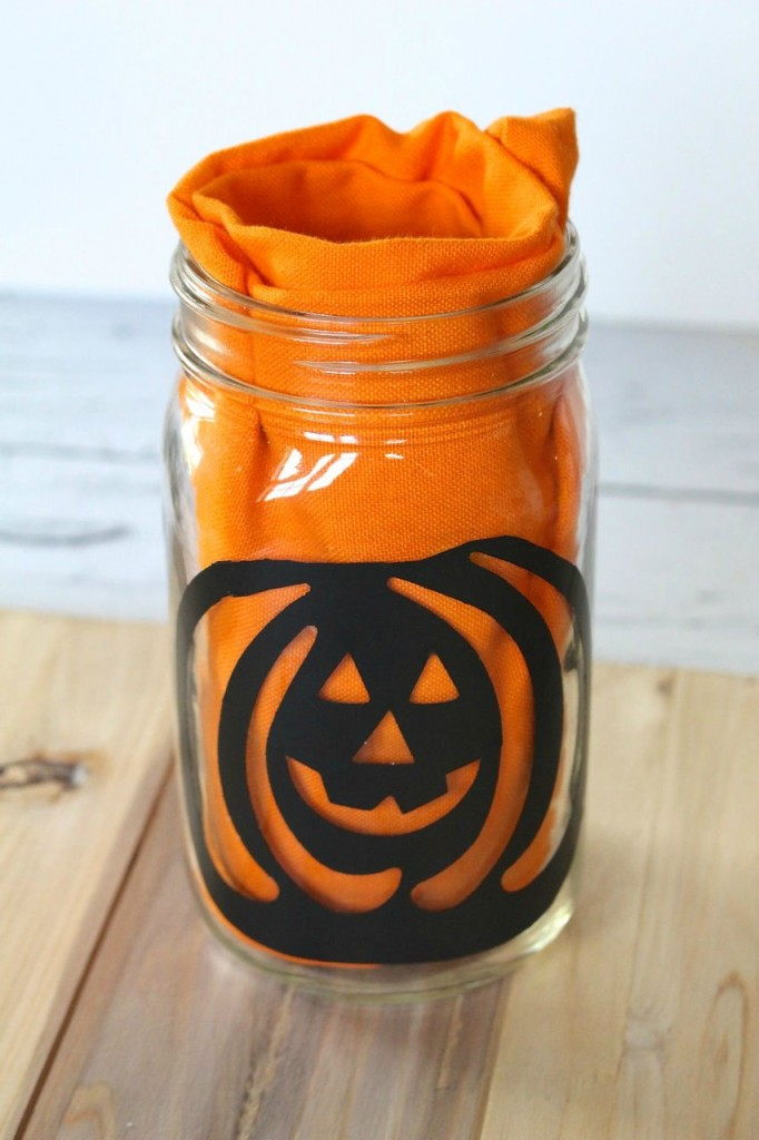 What you'll need to create a Pumpkin Cookie Kit in a Jar for Halloween