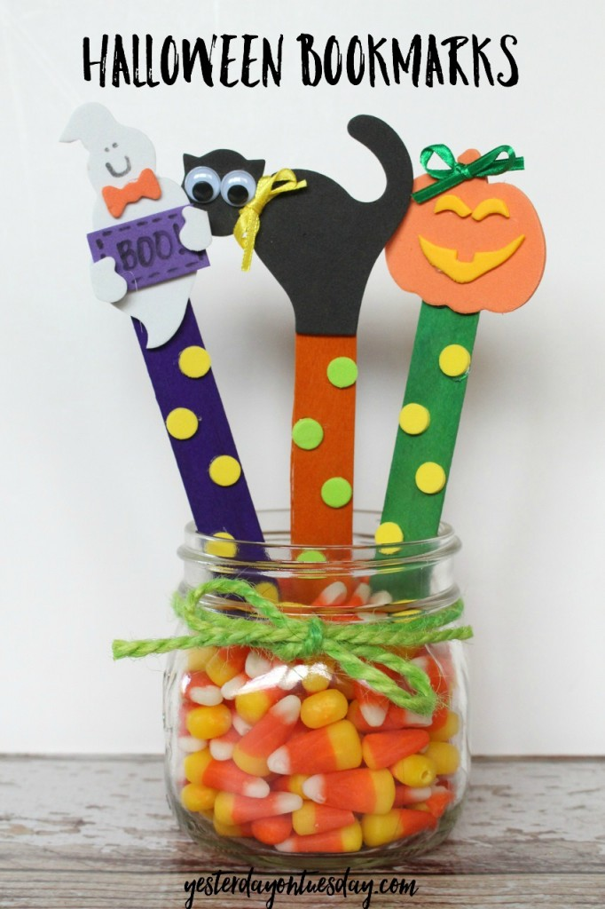 Halloween Bookmarks, an easy kid's craft
