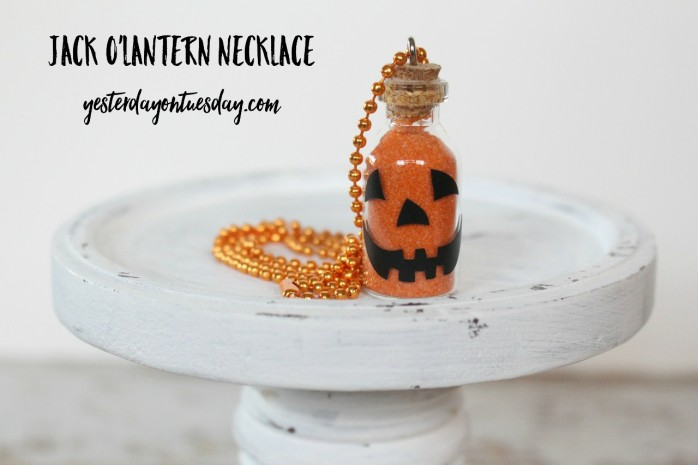 Simple Jack O'Lantern Necklace, a great craft project for kids