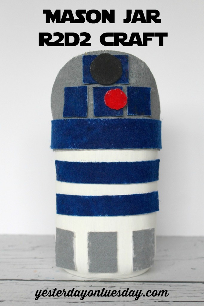 DIY Mason Jar R2D2 craft