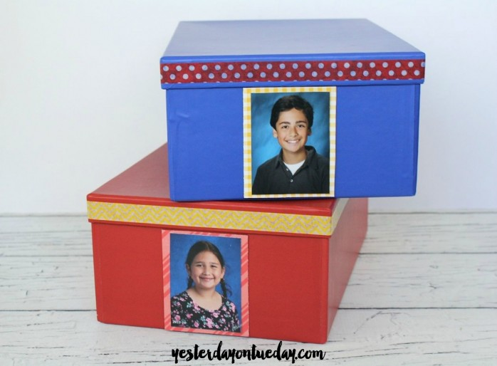 Store momentos and photos in these easy photo boxes