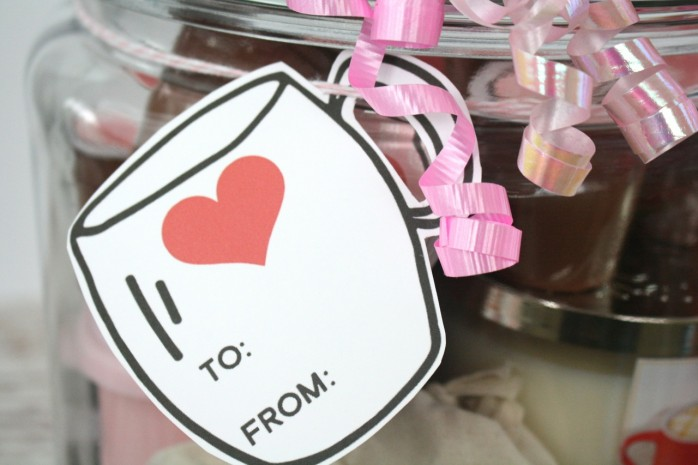 Coffee Lover's Gift in a Jar plus printable label, tags, and coffee pod labels. The perfect Valentine's Day present for that coffee fan in your life!