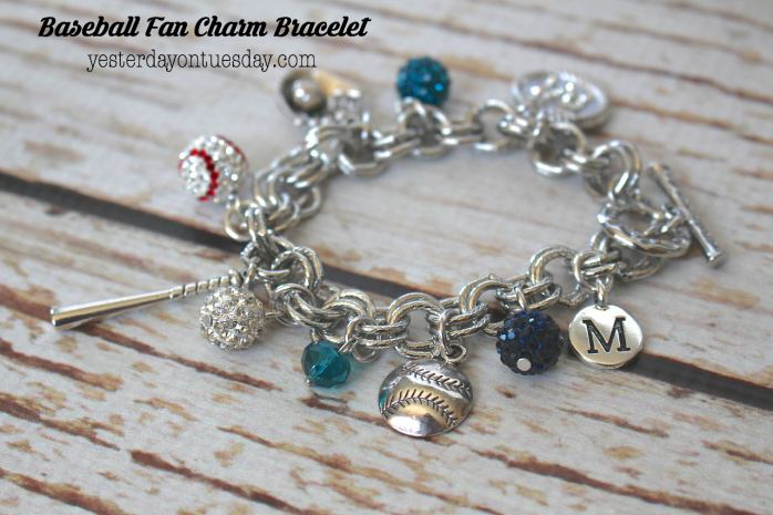 DIY Baseball Fan Charm Bracelet, awesome gift idea for that baseball lover!