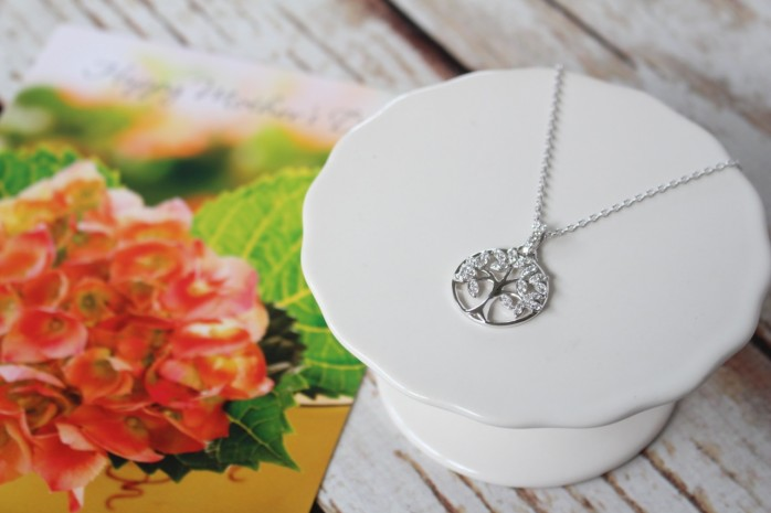 A Hallmark Tree of Life Necklace makes a beautiful and meaningful Mother's Day Gift