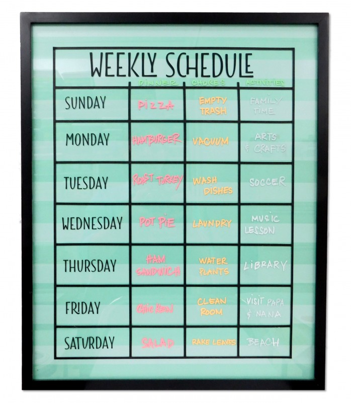 DIY Weekly Schedule Board, a great way to keep the whole family organized for back to school.
