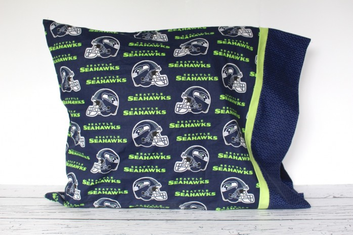 7 Fantastic Seahawks Projects including a scarf, bookends, jewelry, a pillowcase, Lighted 12 Sign, beer mug and more!