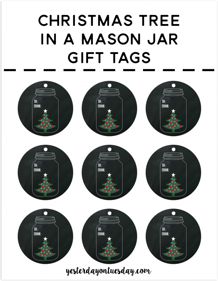Christmas Tree in a Mason Jar Gift Tags: Cute chalkboard style printable gift tags for Christmas and the holiday season.