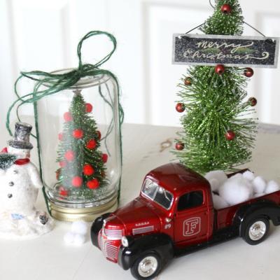 Dollar Store Christmas Tree Kit in a Mason Jar