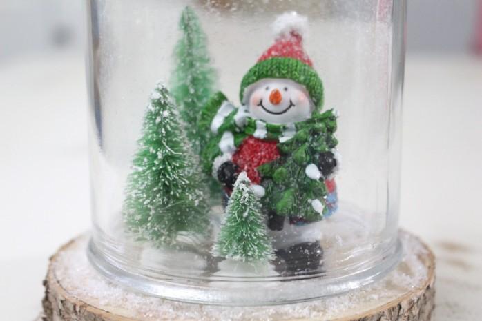 adding-glass-jar