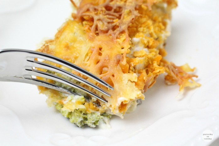 Broccoli Cheez It Casserole: A delicious and satisfying side dish that your family and friends will love!