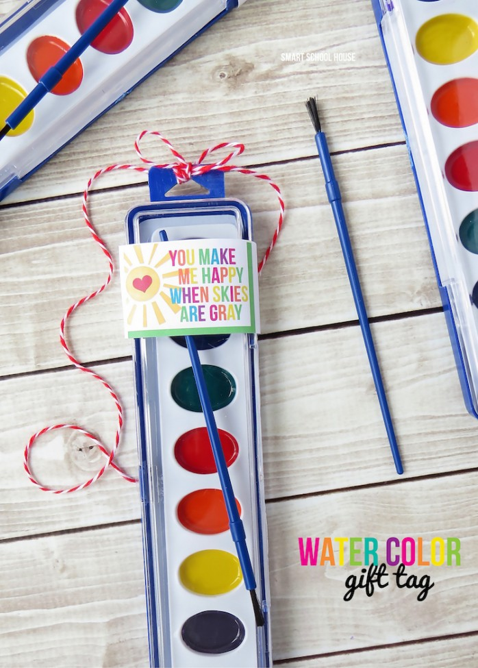 Watercolor Gift Tags, a great Valentines Day idea
